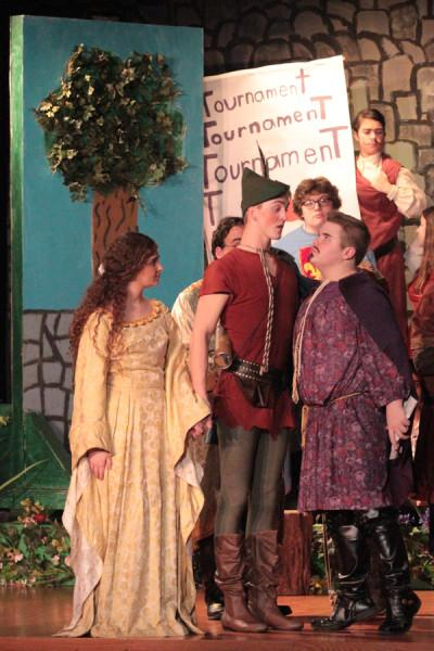 "Thespians take to stage in ""Robin Hood"""