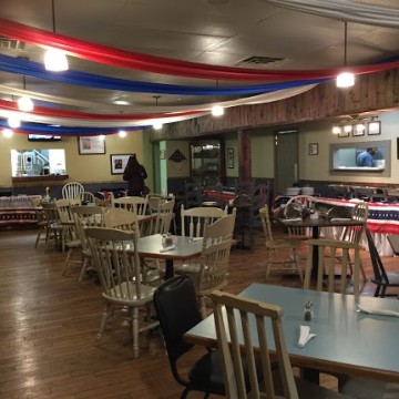 The interior design of the restaurant brings diners back to the past with worn-down, original chairs and tables.  The purpose of this was to make veterans feel comfortable.