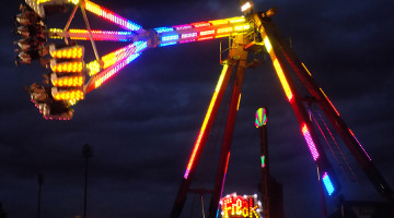 The Freakout runs and propels high in the air. The Freakout was a ride at the Dyer Festival.