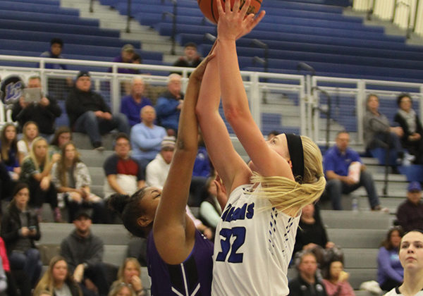 Rachel Robards (12) goes for a layup. The final score was 58-9.